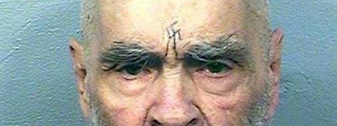 Le décès du gourou, l'un des criminels les plus célèbres des Etats-Unis, a été ensuite confirmé de source pénitentiaire.