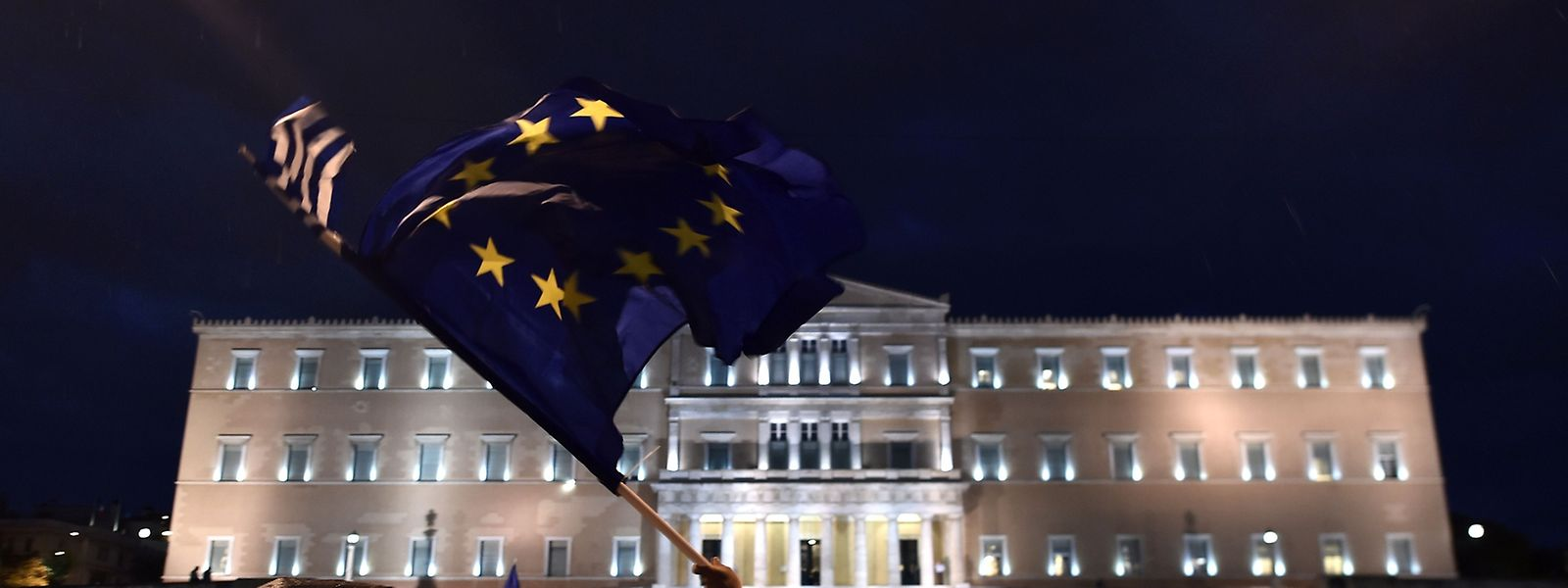 Manifestation pro-européenne en Grèce, mardi soir.