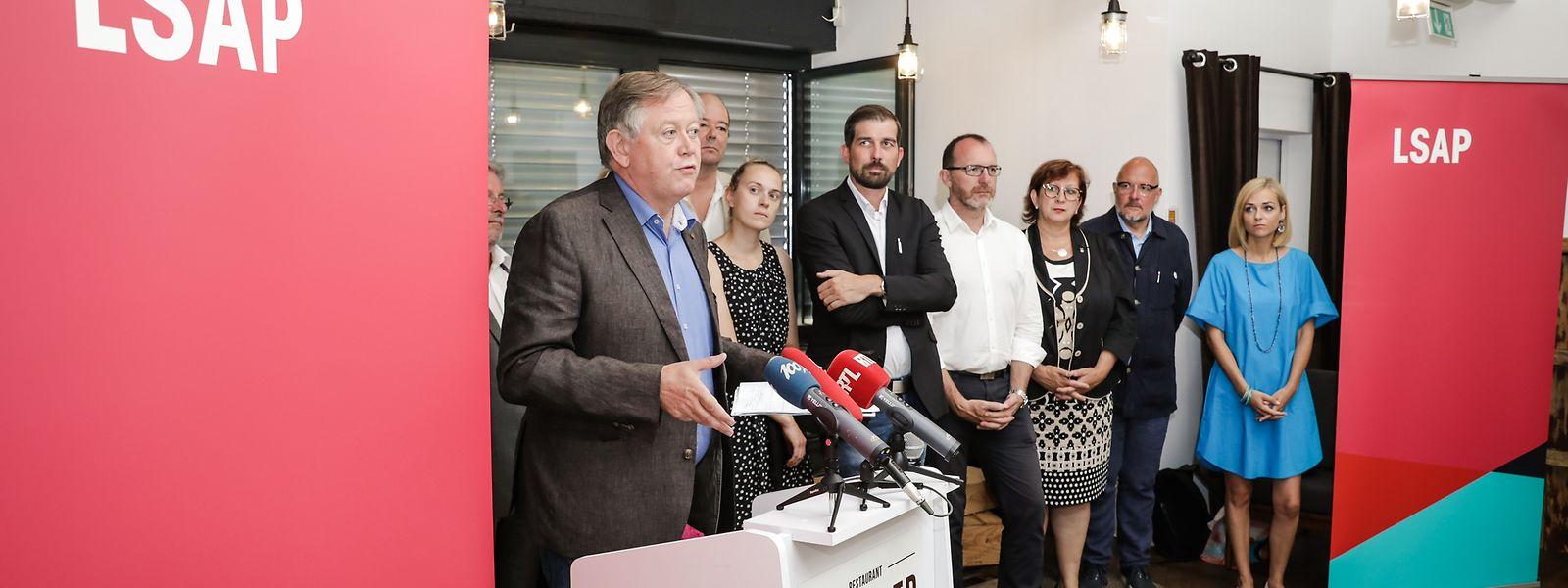 LSAP-Fraktionschef Alex Bodry zieht eine positive Bilanz in Bezug auf die Arbeit seiner Partei und übt Kritik an der CSV.
