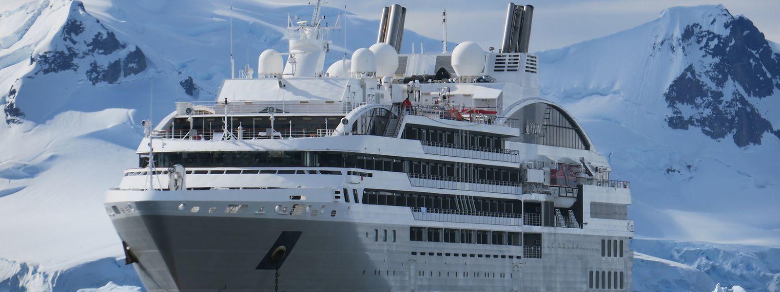 """Die """"Le Soléal"""" ist eines der Expeditionsschiffe der französischen Reederei Ponant."""
