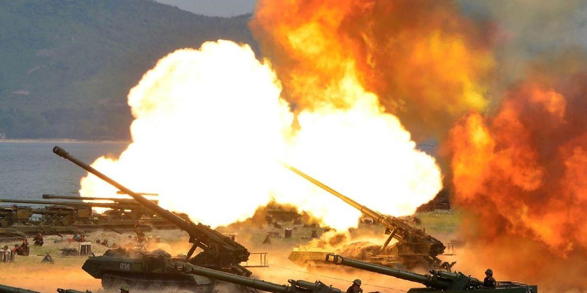 Die Nordkoreanischen Streitkräfte geben immer wieder Demonstrationen ihrer Kriegsbereitschaft ab.