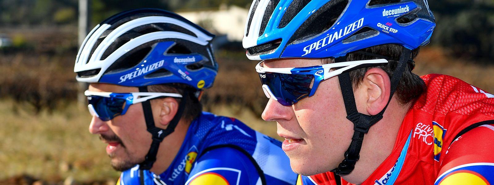 Bob Jungels bei einer Trainingsfahrt am Dienstag mit Teamkollege Julian Alaphilippe (l.).