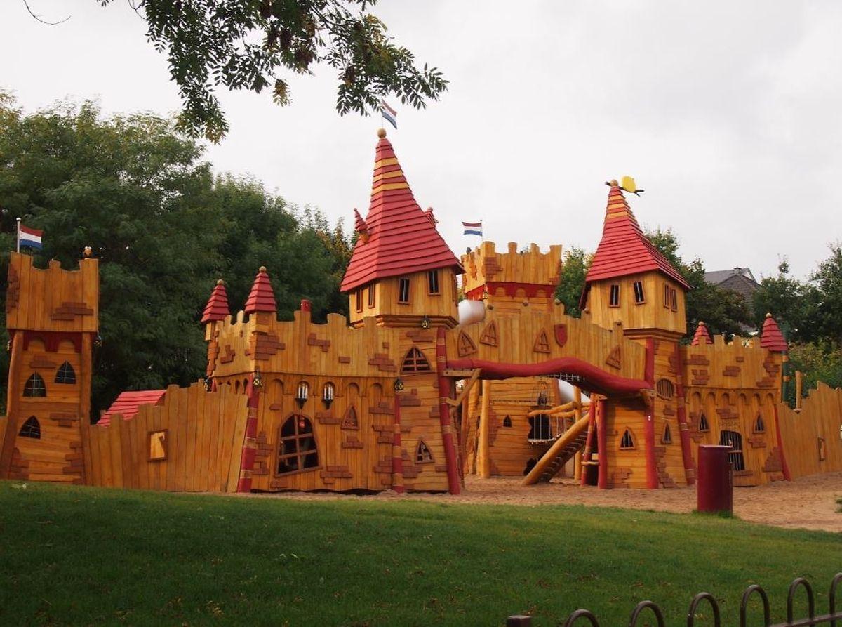 Castle play park, Belair