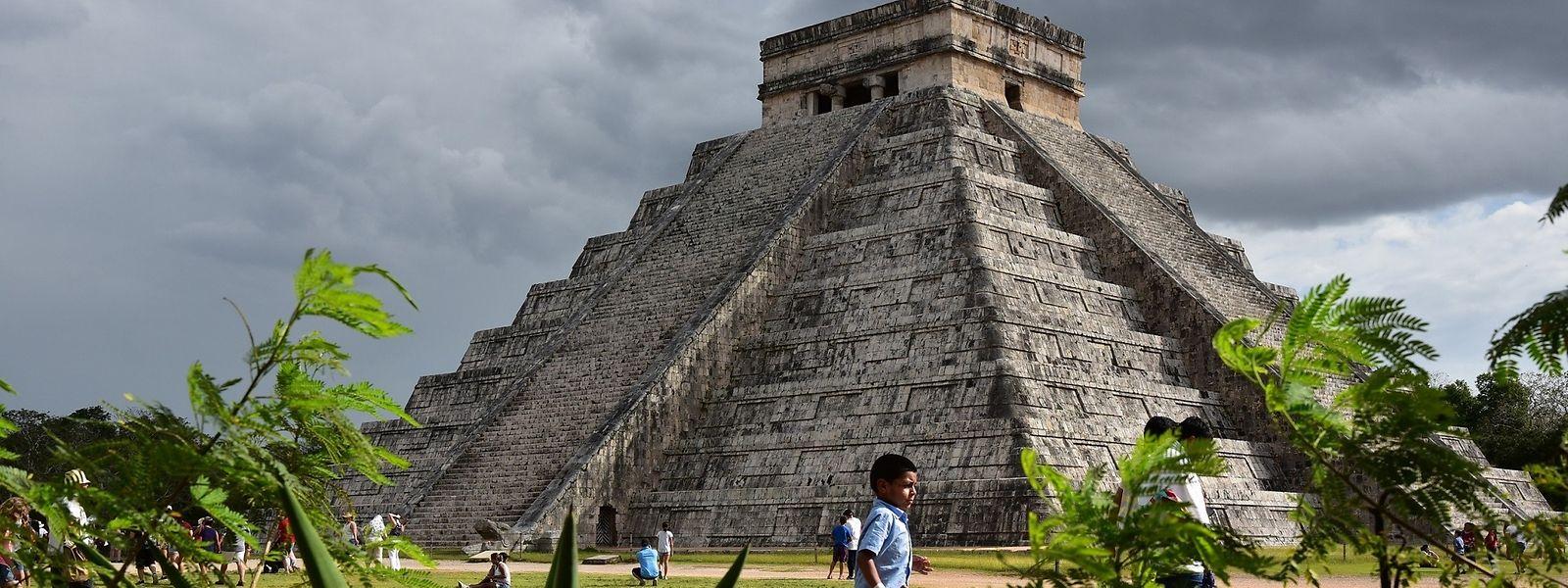 Die Kukulcán-Pyramide in Chichén Itzá ist noch gut erhalten. Im Inneren des 30 Meter hohen Baus befindet sich ein Bauwerk mit ähnlichem Grundriss.