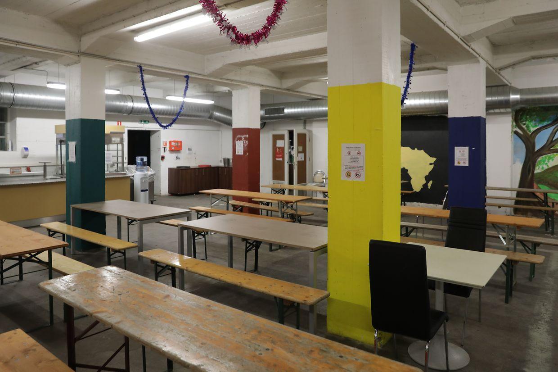 Ab dem 1. Dezember können Obdachlose wieder im Foyer de jour an einem der rund 20 Tischen Platz nehmen.