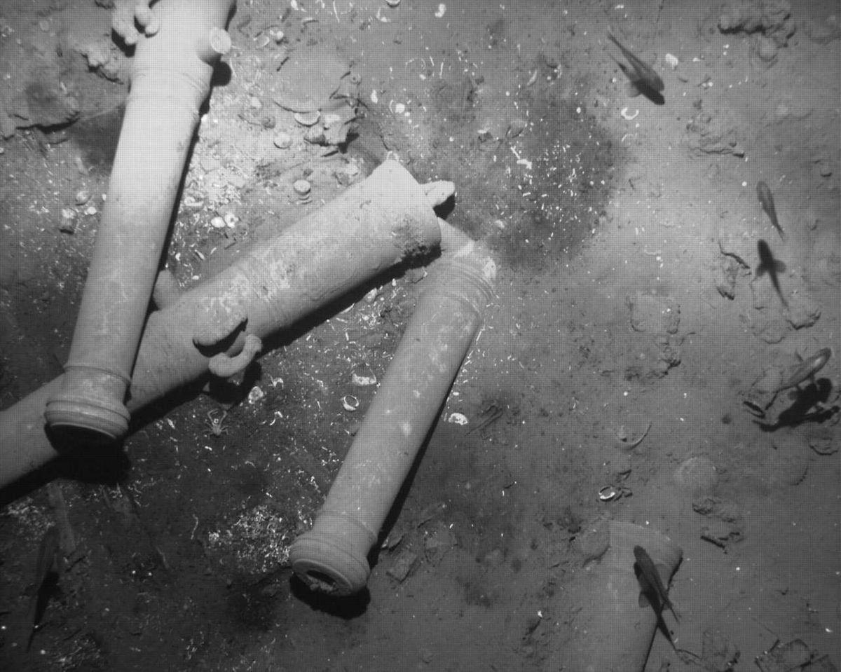 """Das kolumbianische Kulturministerium ist sich sicher, dass es sich bei dem Wrack um die """"San José"""" handelt. Das bewiesen die charakteristischen Kanonenrohre aus Bronze."""