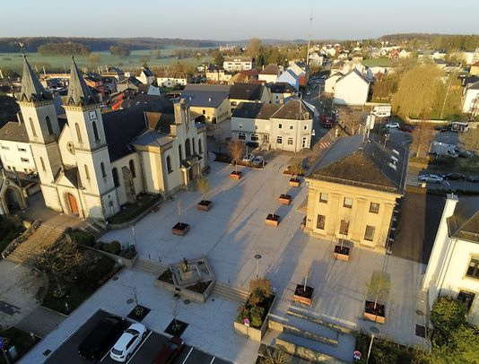 A popular family and commuter quarter, this neighbourhood is close to the European School Luxembourg II