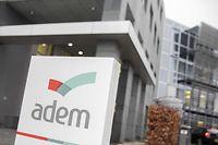Les chiffres du chômage marquent une hausse sur un an, selon l'ADEM.