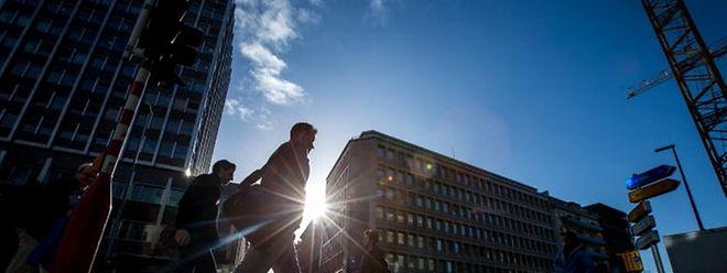 Licht und Schatten: Luxemburg fällt in der Wettbewerbsfähigkeit hinter andere Länder zurück, aber verpasst die Top Ten nur knapp.