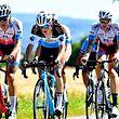 Das Feld mit Ken Conter (Chambéry) - Landesmeisterschaften - Straßenrennen - Elite Männer - Foto: Serge Waldbillig