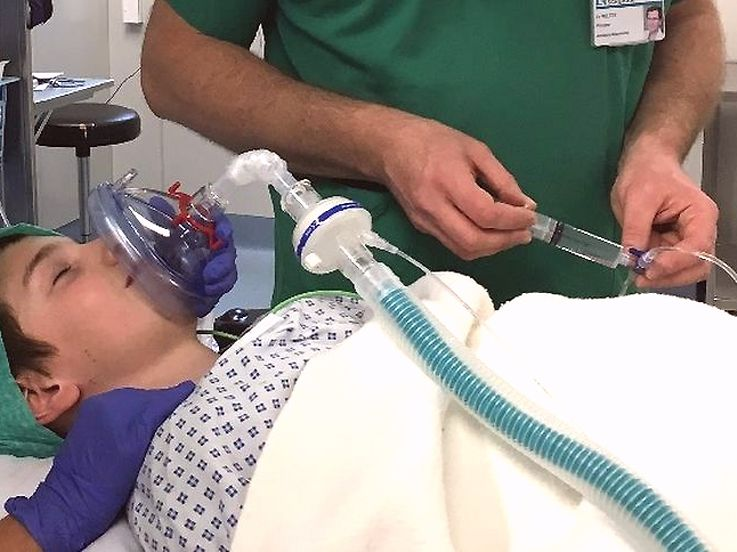 """Le patient est """"emporté dans un autre monde"""" avant d'être endormi par l'anesthésiste."""