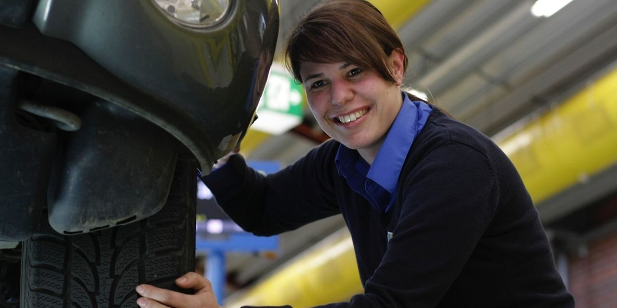 Martine Emringer arbeitet bei der SNCT als technische Inspektorin in Esch/Alzette.