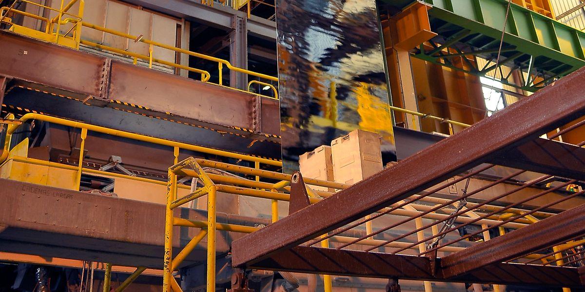"""Neun Millionen Euro investierte das ArcelorMittal-Stahlwerk in Sagunto, um den mit einer Aluminium-Silikon-Mischung beschichteten Stahl namens """"Usibor Alusi"""" herzustellen."""