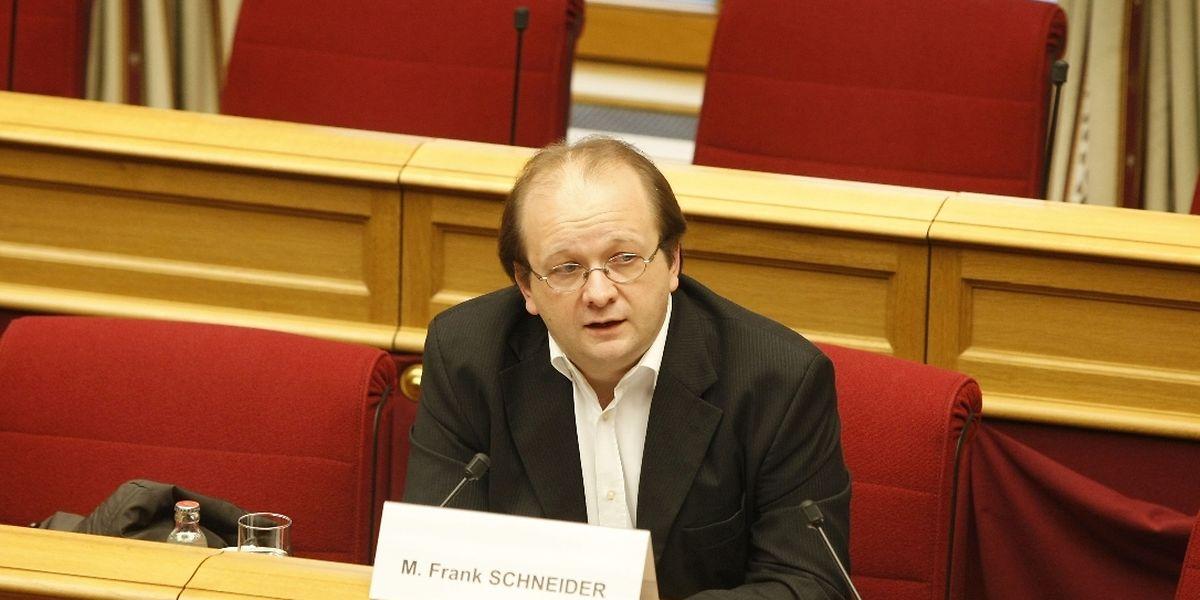 Der heutige Betreiber einer Wirtschaftsauskunftei, Frank Schneider, sagte am Freitagmorgen als Zeuge aus.