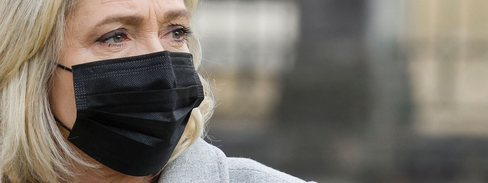 Die Verbreitung von Bildern mit Gewaltdarstellungen, die die Menschenwürde verletzen, ist in Frankreich eine Straftat.