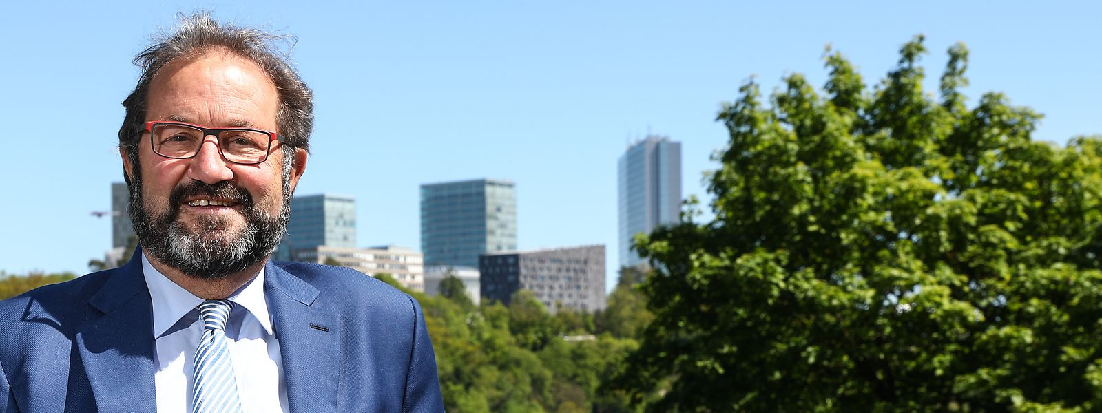 Gibéryen - sollte er gewählt werden - will sein Mandat in Straßburg in jedem Fall antreten.
