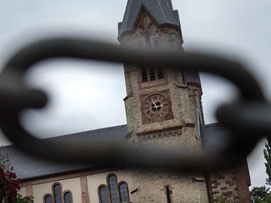 Im Prinzip sollen die Kirchenfabriken zum 1. Januar 2017 aufgelöst und in einen Fonds überführt werden.