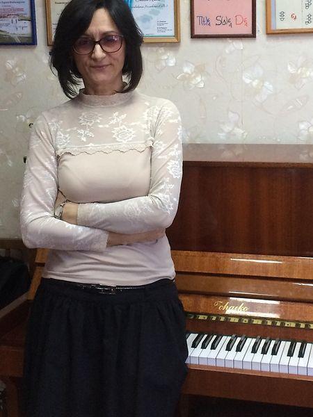 Die Klavierlehrerin Larissa Cholmowskaja gehört zu den sehr seltenen Oppositionellen in Uglitsch,