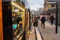 Lokales,Neue Tramlinie Bahnhof Gare.Öffentlicher Transport,Micro Trottoir,Foto: Gerry Huberty/Luxemburger Wort