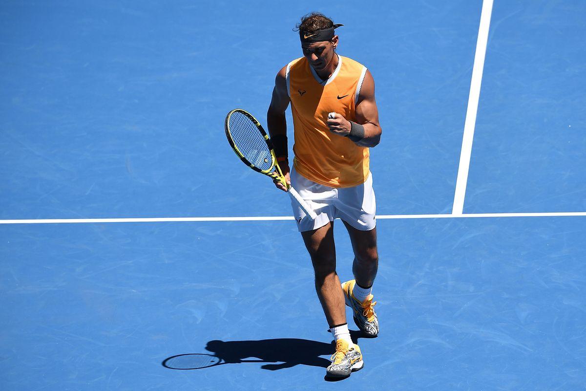 Rafael Nadal hat trotz seiner langen Matchpause keine Mühe.
