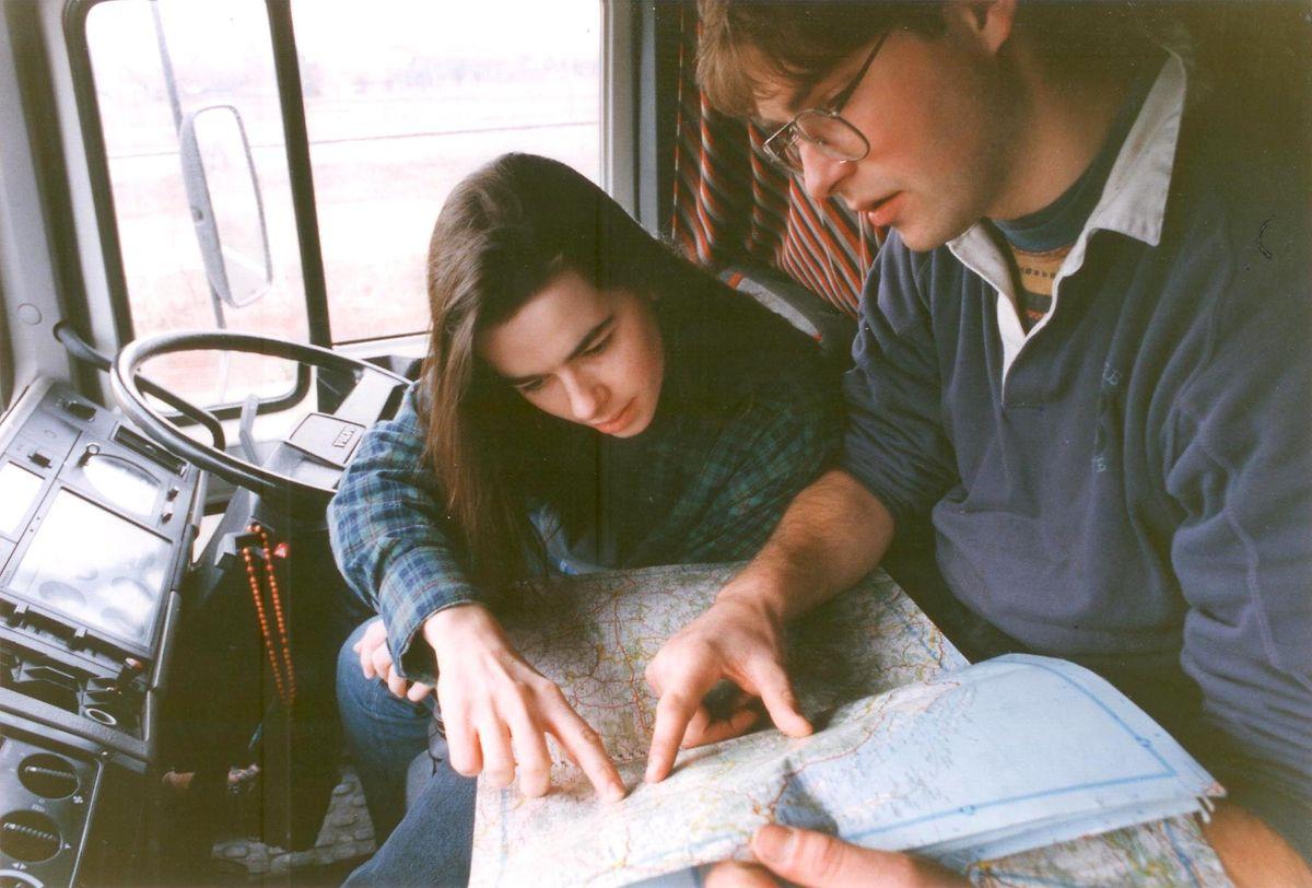 Magnus mit seiner Frau Julie bei einem Hilfstransport nach Bosnien im Jahr 1992.