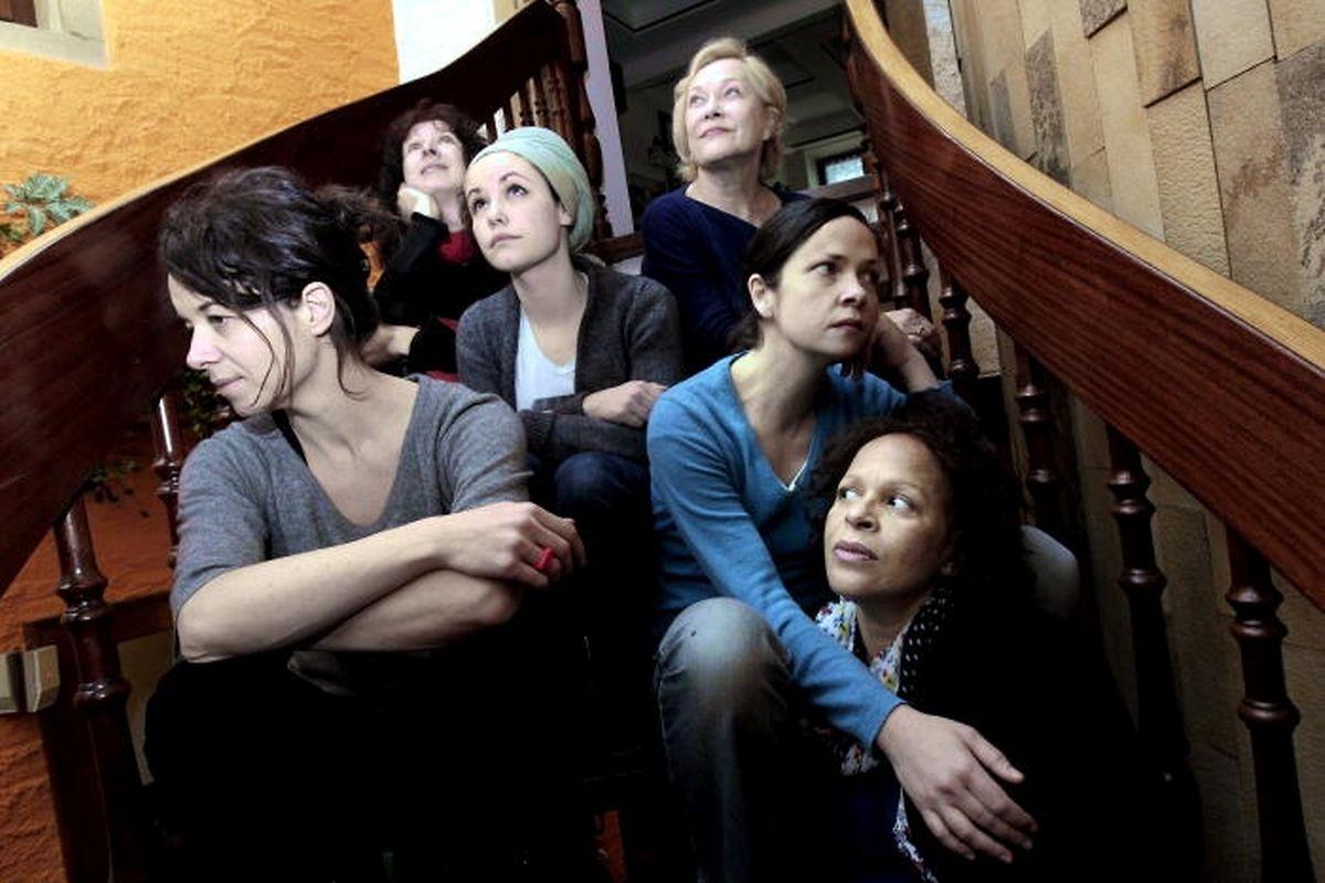 """""""Electre"""" de Sophocle mis en scène par Marja-Leena Junker avec un casting exclusivement féminin en 2011."""