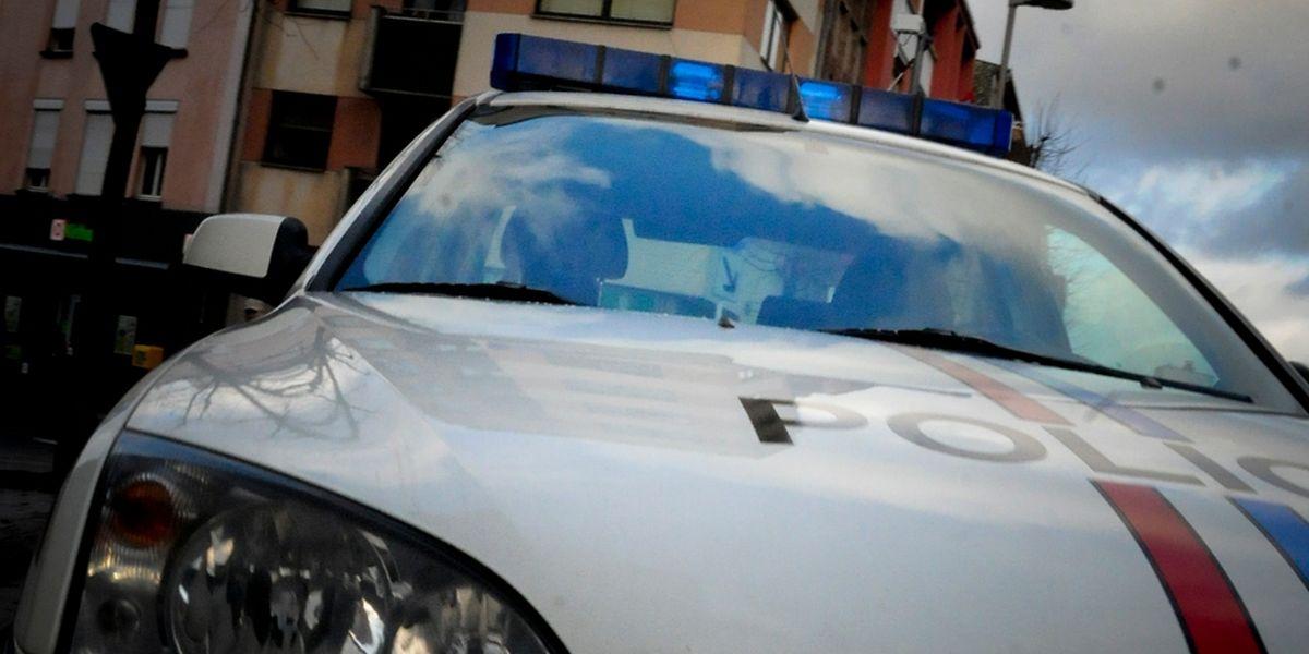 Gegen den Mann besteht sowohl ein ministerielles als auch ein gerichtliches Fahrverbot.