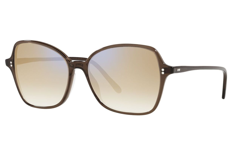 Aufsetzen und Sonne genießen: Brille in leichter Schmetterlingsform von Oliver Peoples, um 298 Euro.