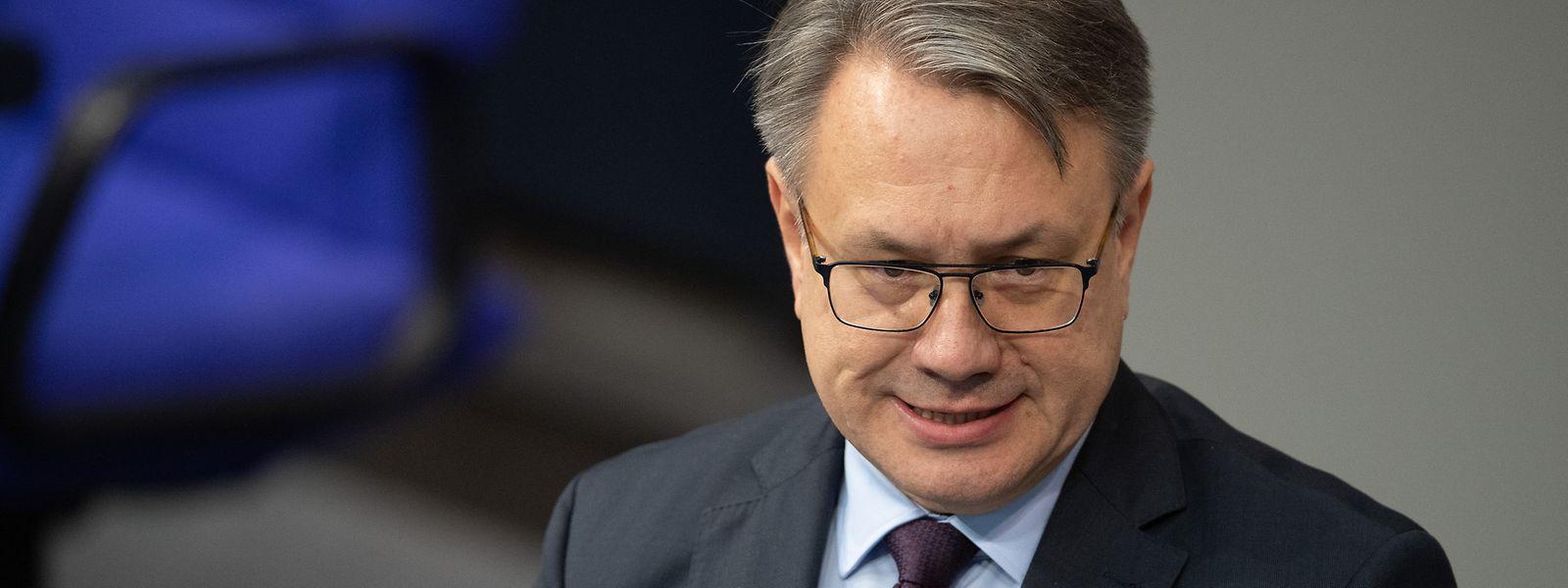 Der Bundestag hat die Immunität des CSU-Abgeordneten Georg Nüßlein aufgehoben.