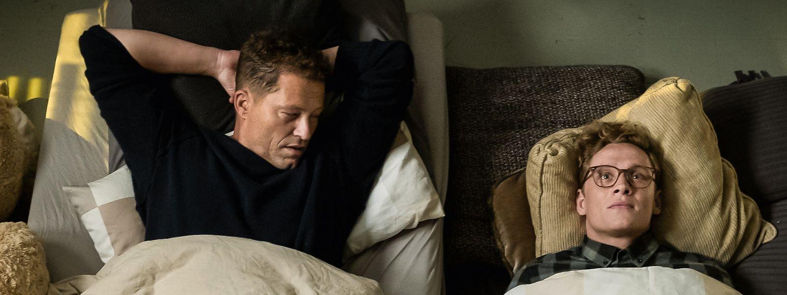 """Til Schweiger als Luke (l.) und Matthias Schweighöfer als Theo in einer Szene des Films """"Hot Dog""""."""