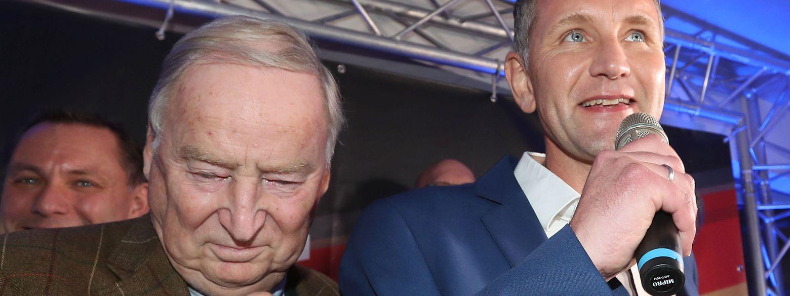 Freude bei der AfD: Parteichef Alexander Gauland (l.) und Thüringen-Spitzenkandidat Björn Höcke.