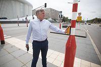 Unterwegs mit Francois Bausch, im Tram, Luxtram, Vizepremierminister, Minister für Verteidigung, Mobilität und öffentliche Arbeiten. Foto: Guy Wolff/Luxemburger Wort