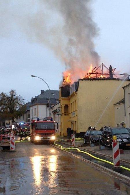 Am Dienstag war die Rue de la Gare während der Löscharbeiten gesperrt worden.