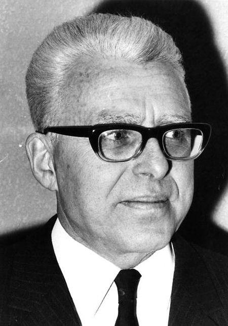Marcel Barnich (em 1969), o primeiro responsável do Serviço Social da Imigração do Luxemburgo, que ajudou muitos portugueses
