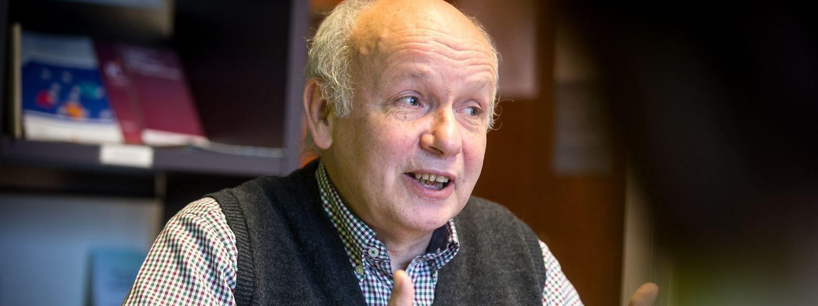 O provedor dos direitos das crianças (Ombudskomitee fir d'Rechter vum Kand), René Schlechter, defende a separação dos filhos, por falta de alojamento, deve ser uma decisão dos pais.