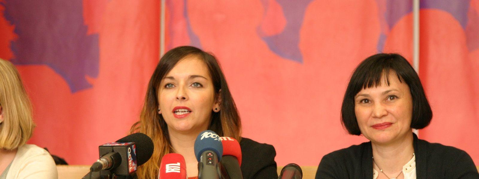 Nora Back, secrétaire centrale du Syndicat Santé, Services sociaux et éducatifs de l'OGBL (à gauche): «Les Ententes patronales vont carrément contre les conditions de travail de leurs employés».