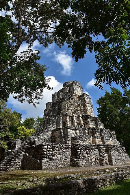 Die Ruinenstätte Muyil liegt auf der Ostseite Yucatáns.