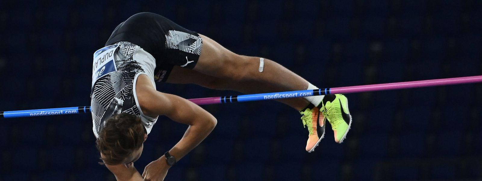 Immer höher: Armand Duplantis überspringt 6,15 m.