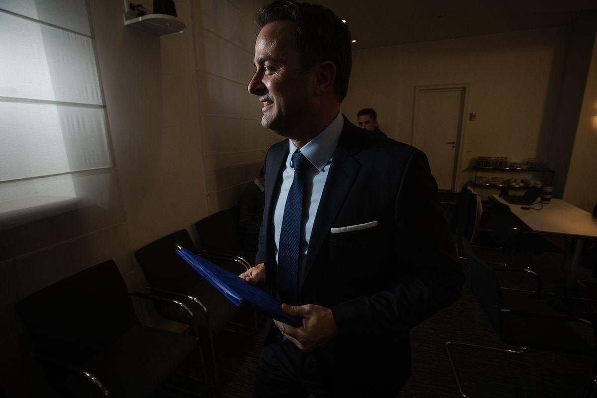"""Xavier Bettel zeigte sich sehr zufrieden mit dem Koalitionsabkommen, das er als sehr """"ambitiös"""" beschrieb."""