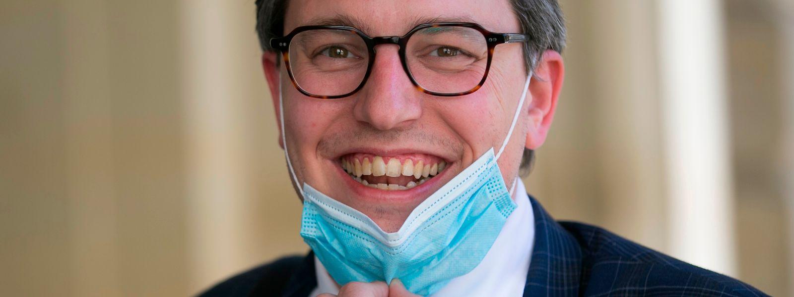 Pour Sven Clement (Piraten), le vrai débat derrière ces affaires sur la vaccination des membres de conseils d'administration tient dans le parachutage d'anciens hommes politiques à la tête d'établissement semi-public.