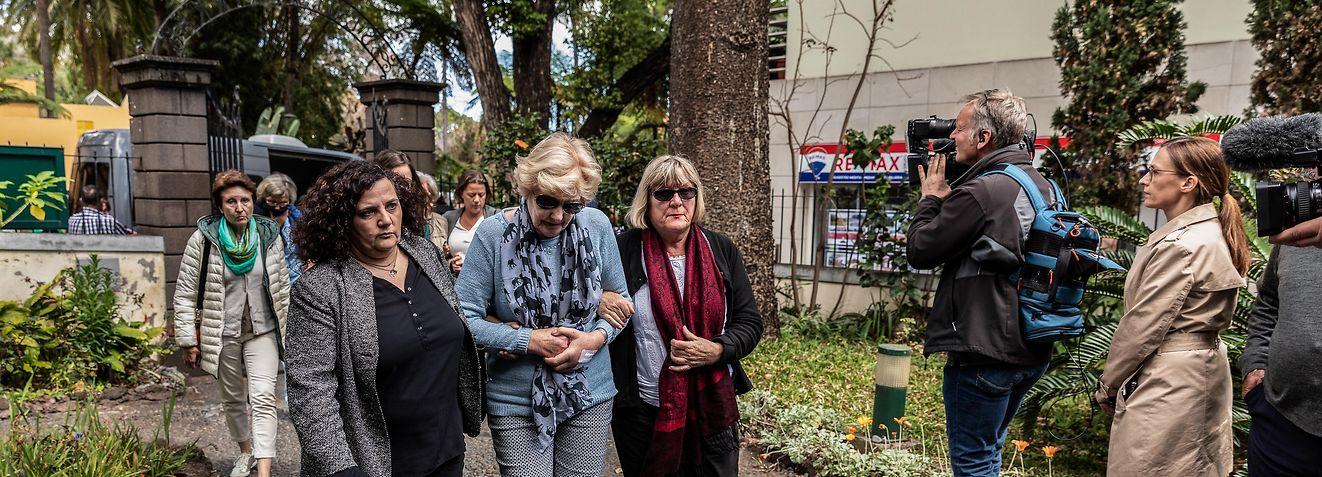 Sobreviventes do acidente com autocarro de turismo no Funchal participaram num serviço religioso.