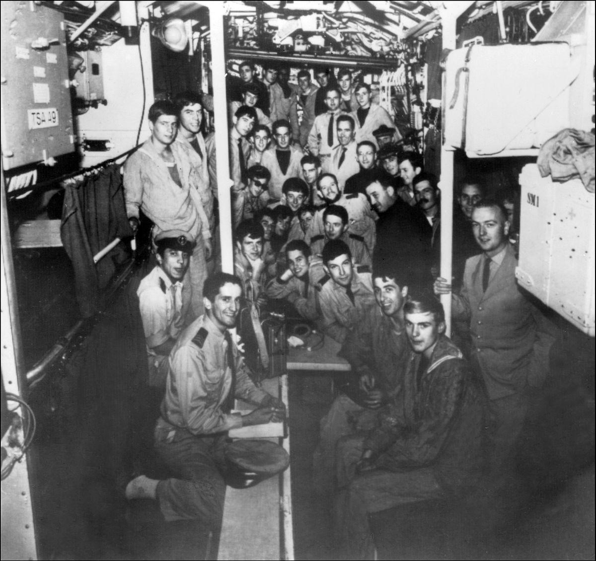 Die Mannschaft der Minerve auf einer Aufnahme aus dem Jahr 1965.
