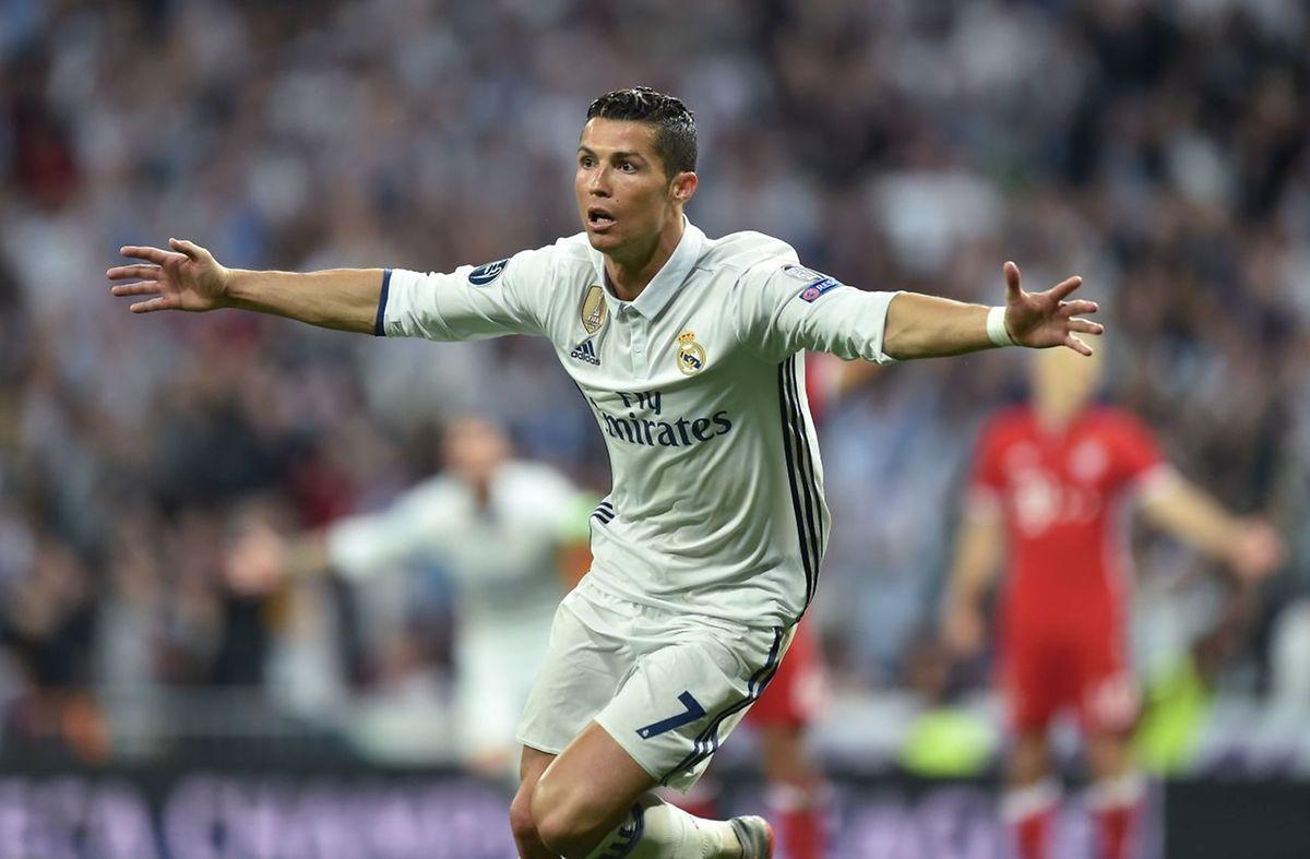 Cristiano Ronaldo com um hat trick foi a figura do jogo