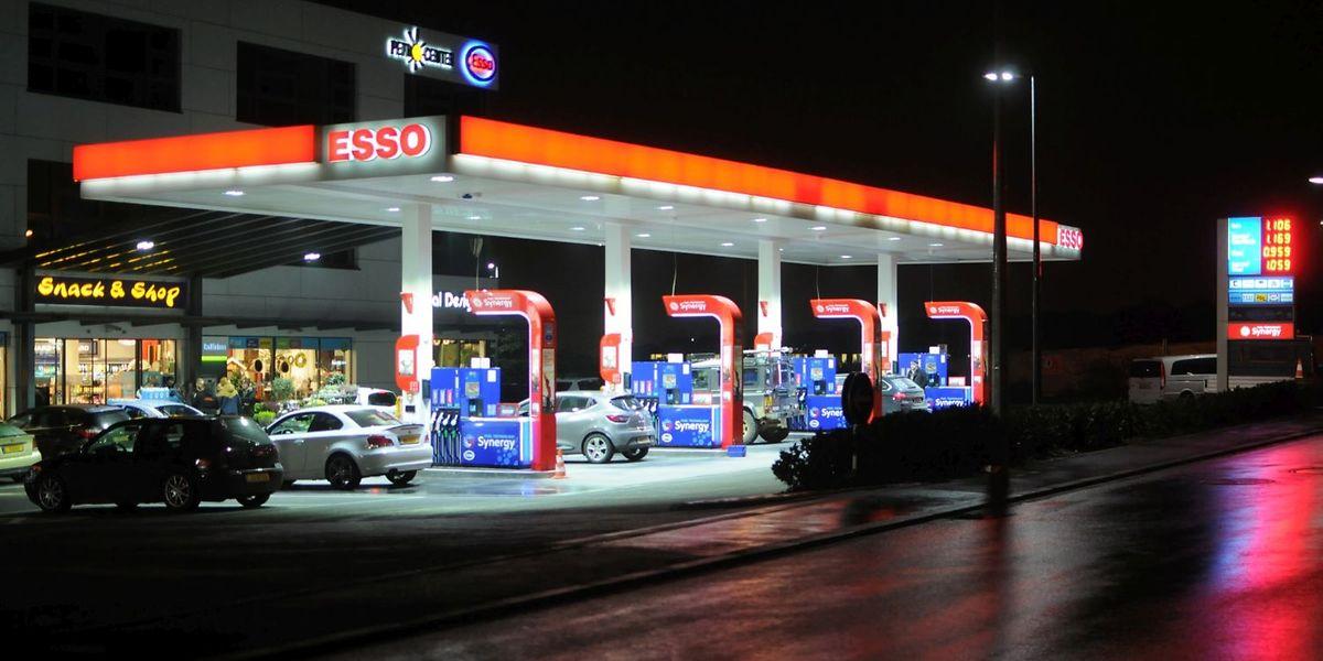 Tatort Leudelingen: Um spätnachts für Ordnung und Sicherheit im Tankstellenshop zu sorgen, hatte der Betreiber ein privates Sicherheitsunternehmen engagiert.