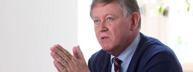 Alex Bodry é o presidente da Comissão para a reforma da Constituição