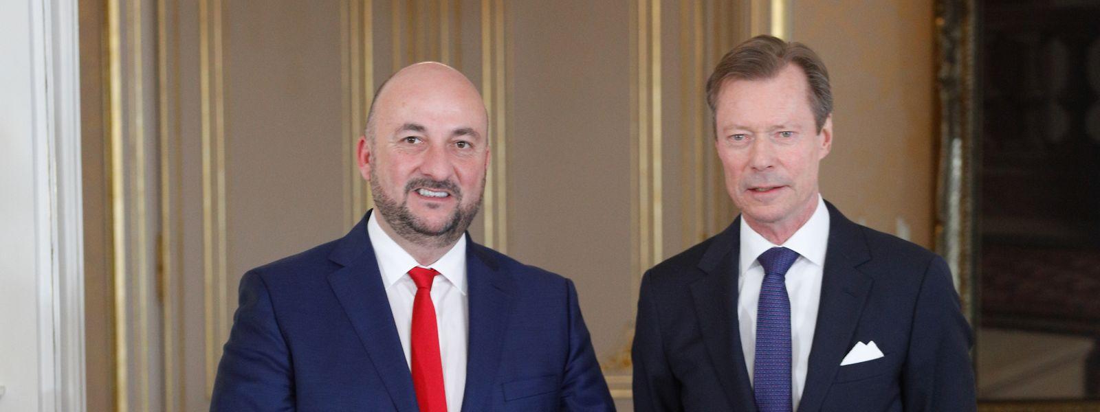 Huit ans pile après avoir été nommé vice-Premier ministre du premier gouvernement inédit DP-LSAP-déi Gréng, Etienne Schneider a officiellement remis sa démission au Grand-Duc.