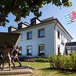 8.9. Gemeindeillustrationen / Gemeinde Wincrange / Gemeindehaus / Mairie Foto:Guy Jallay