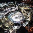 Les pèlerins musulmans rassemblés autour de la Kaaba, en cette période de ramadan.