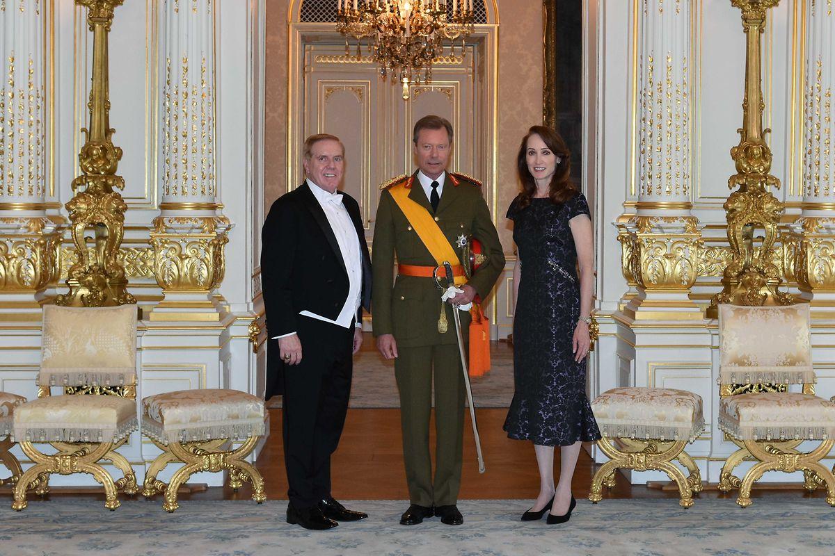 US-Botschafter Randy Evans und seine Frau Linda wurden von Großherzog Henri in Luxemburg Willkommen geheißen.