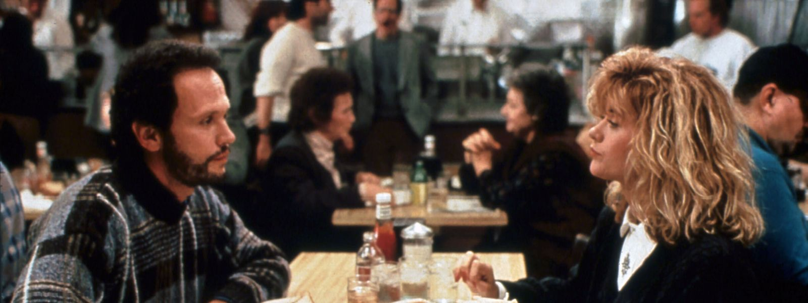 Was sich liebt, das neckt sich: Harry und Sally beim Essen im berühmten Katz's Deli.